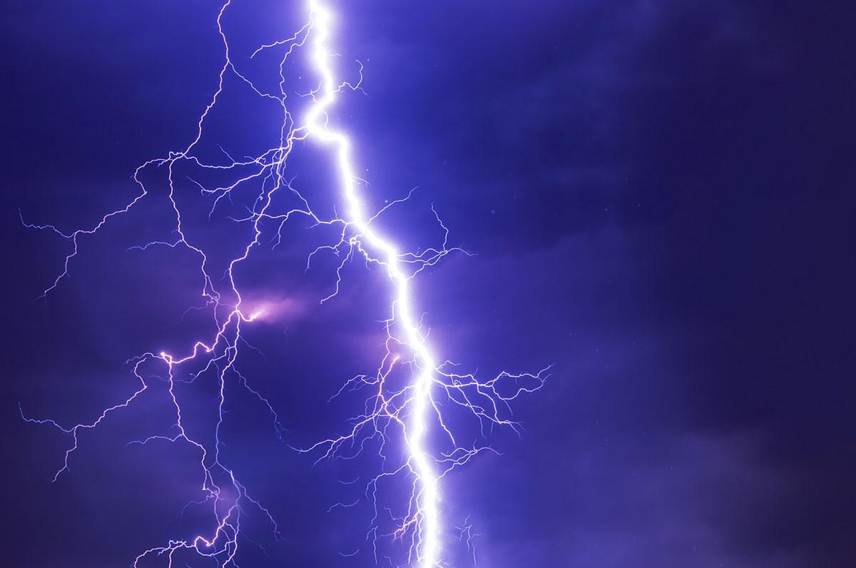 Allerta meteo: su tutta la Puglia temporali e venti molto forti