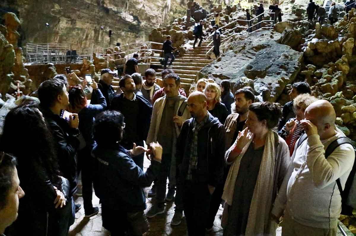 Apulia Film Forum in visita alle Grotte di Castellana con gli operatori