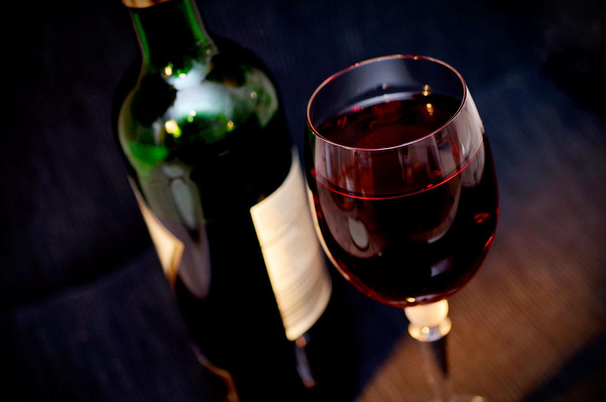 Due Mari WineFest, a Taranto si festeggia con calici di vino