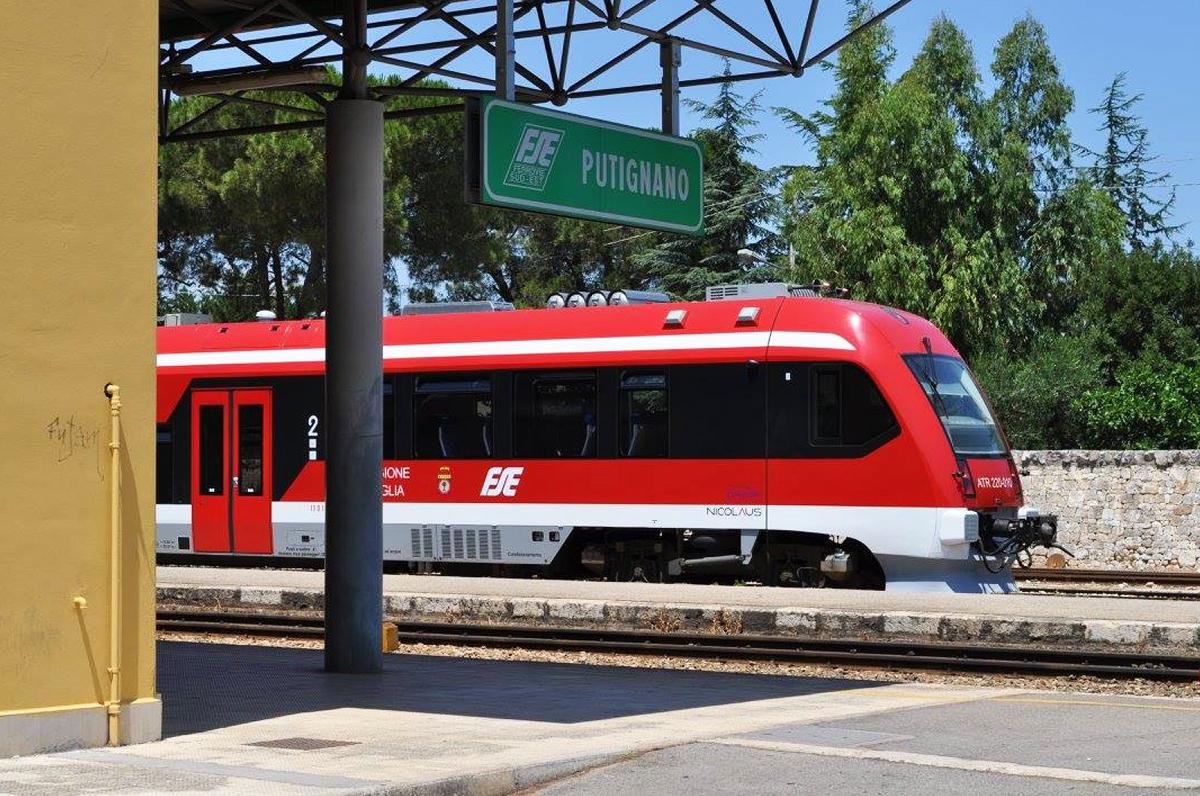 Bari-Putignano, Ferrovie del Sud Est riapre la linea con un restyling