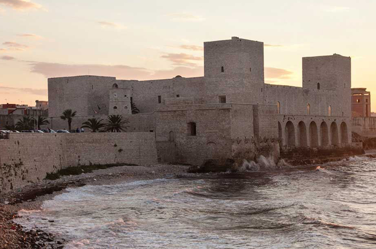Castello di Trani, il mistero del fantasma al suo interno