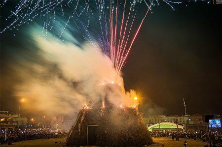 Fòcara di Novoli: devozione, fuoco e tradizione per l'edizione 2019