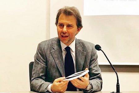 Francesco Giorgino presenta il suo libro a Barletta