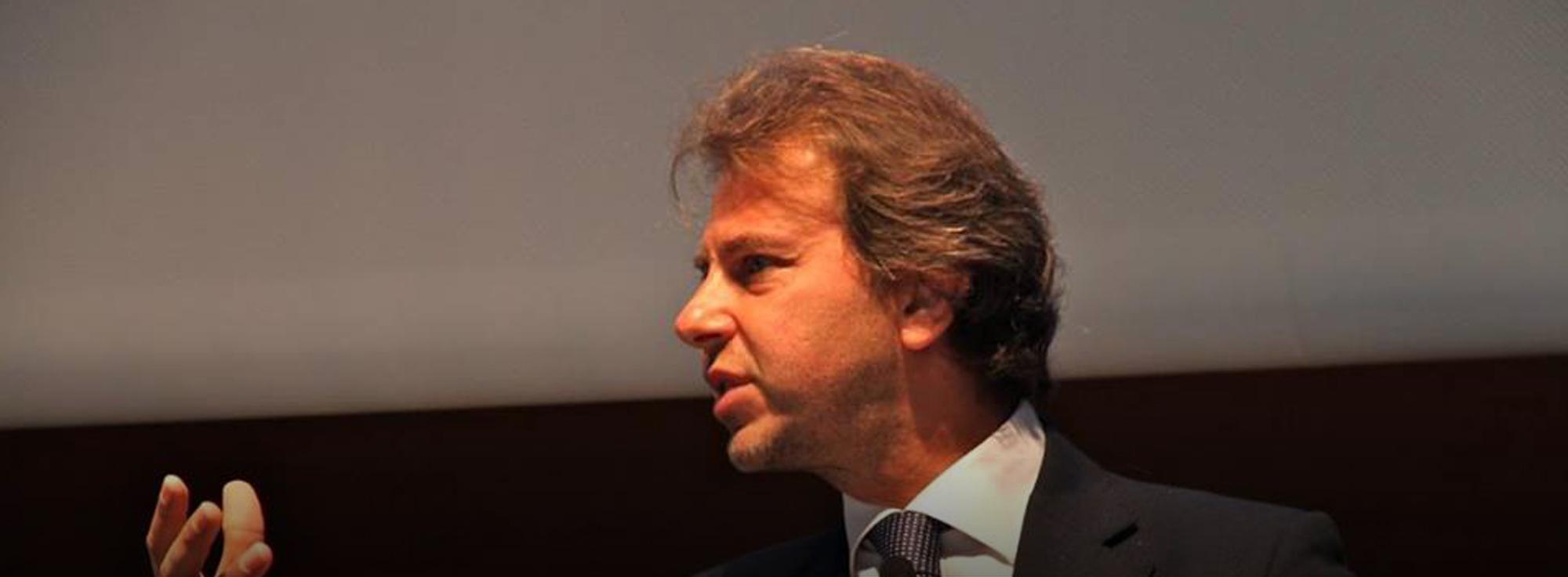 Barletta: Presentazione del libro Alto volume. Politica, comunicazione e marketing di Francesco Giorgino