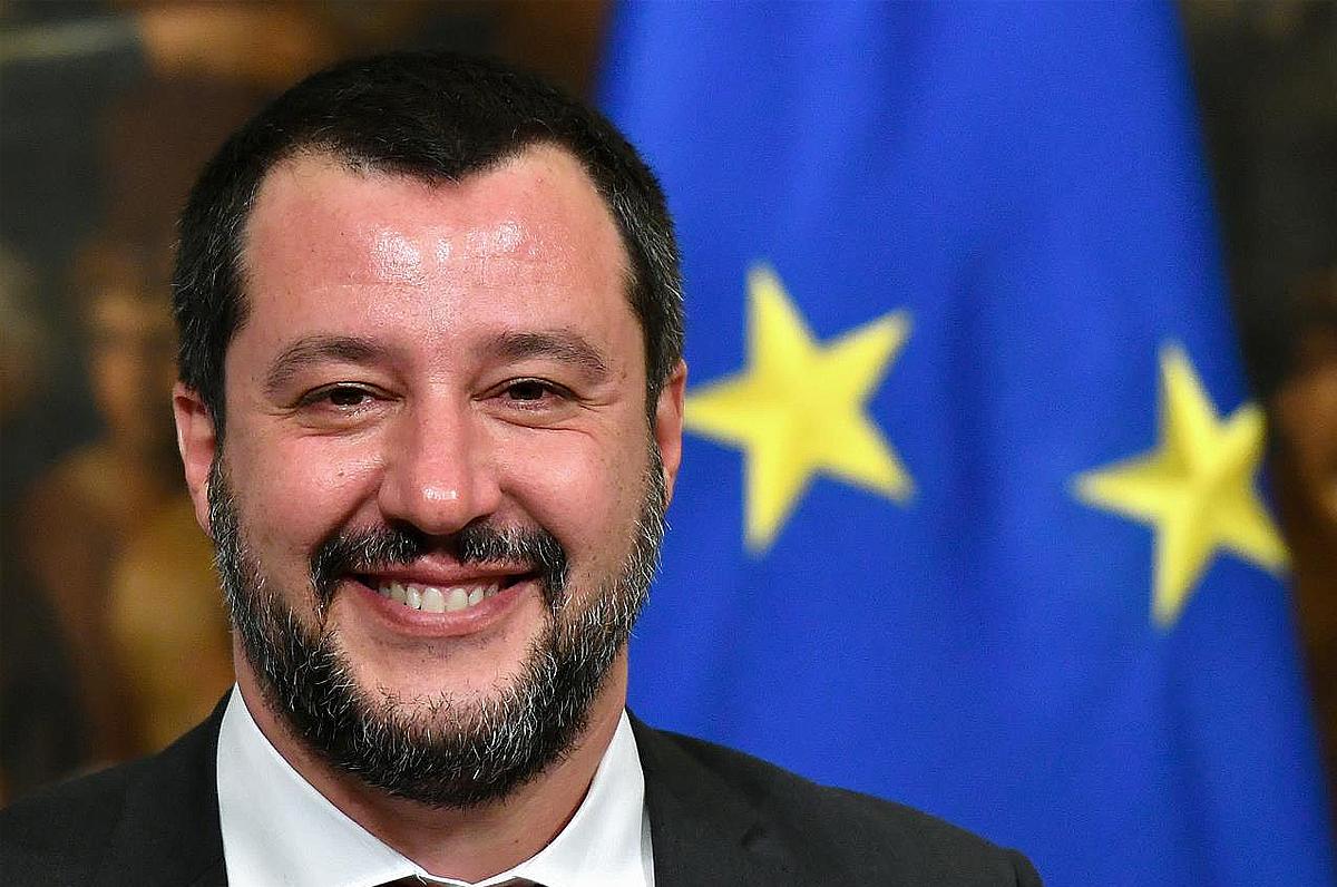 Salvini innamorato della Puglia: ha preso casa a Lesina