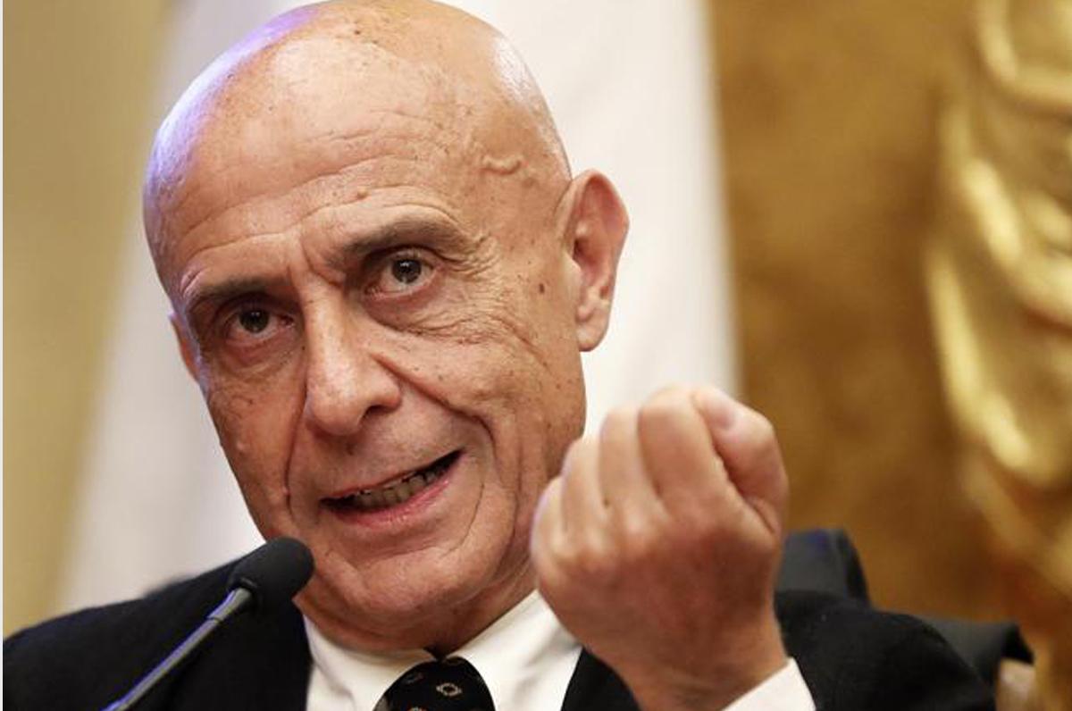 Marco Minniti presenta Sicurezza è libertà