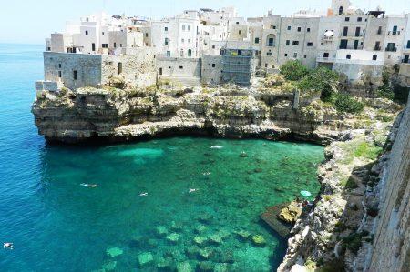 Polignano a Mare tra le 52 spiagge più belle per la Cnn