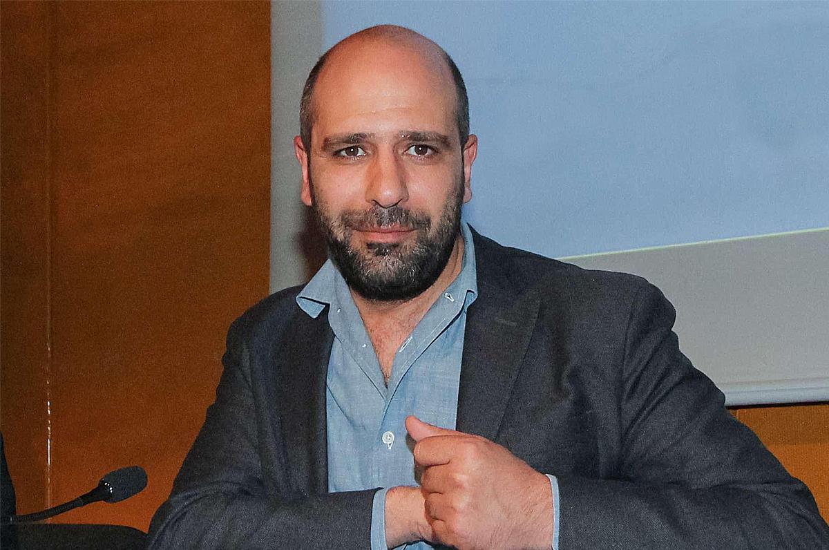 Checco Zalone, per il nuovo film casting nei centri d'accoglienza
