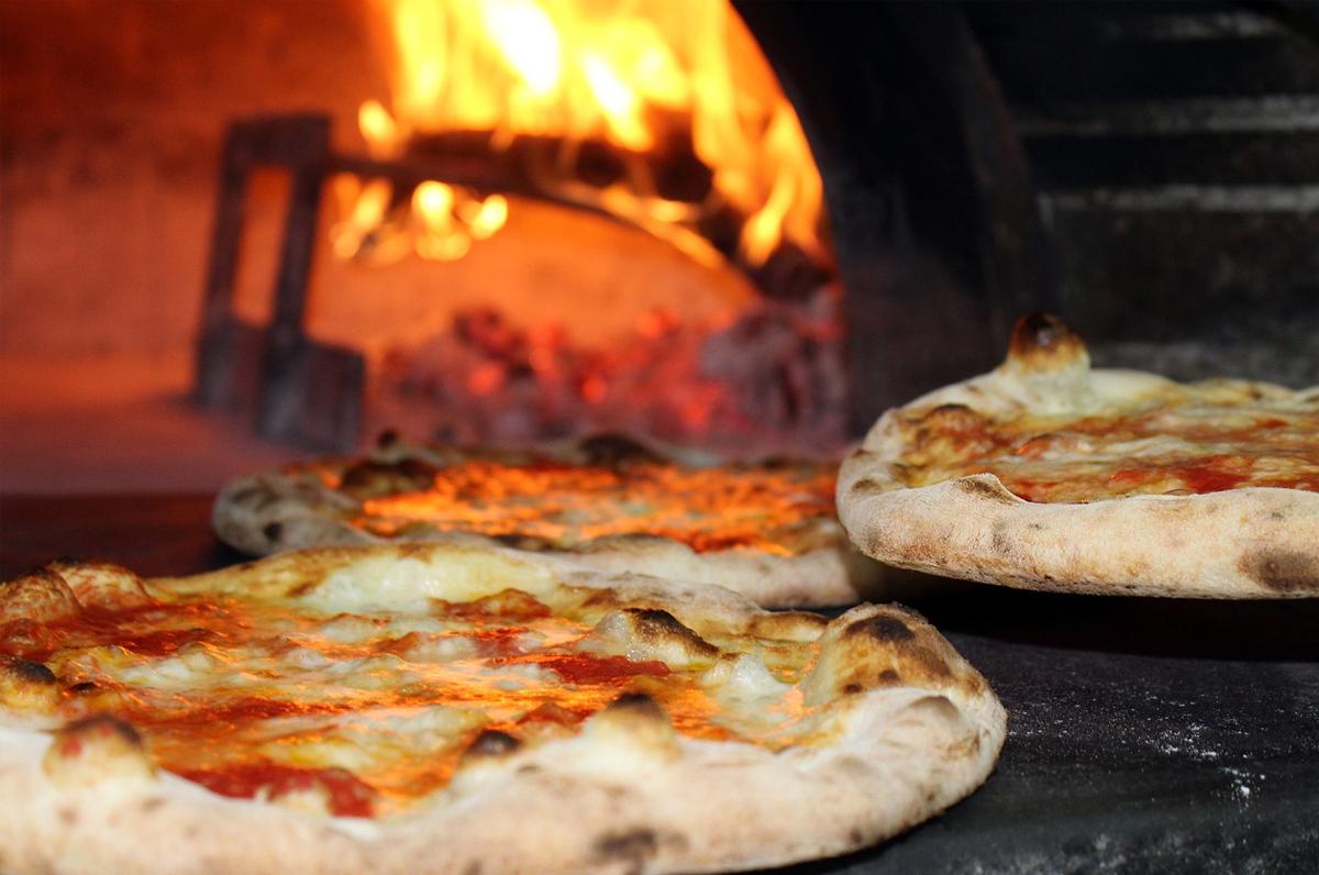 Dove mangiare pizza cotta nel forno a legna a Barletta