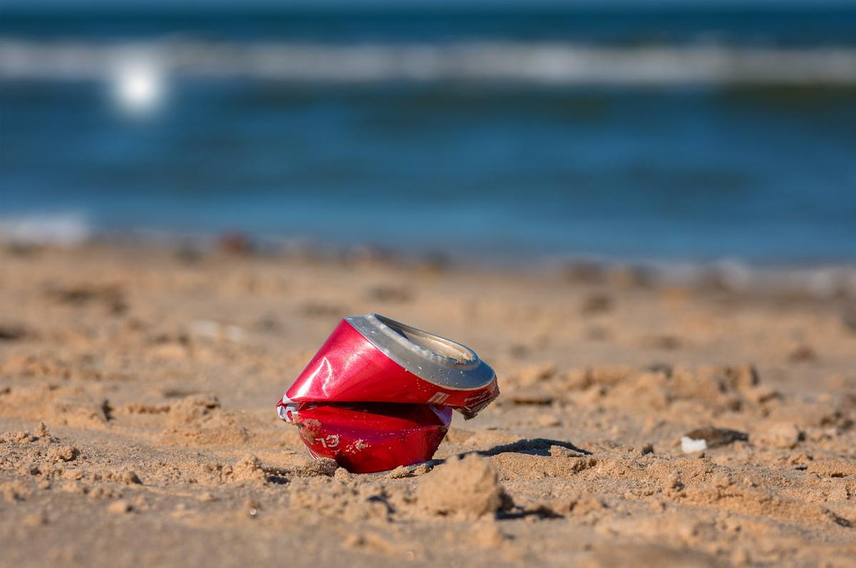Spiagge pulite, finanziati 4 milioni per la rimozione dei rifiuti