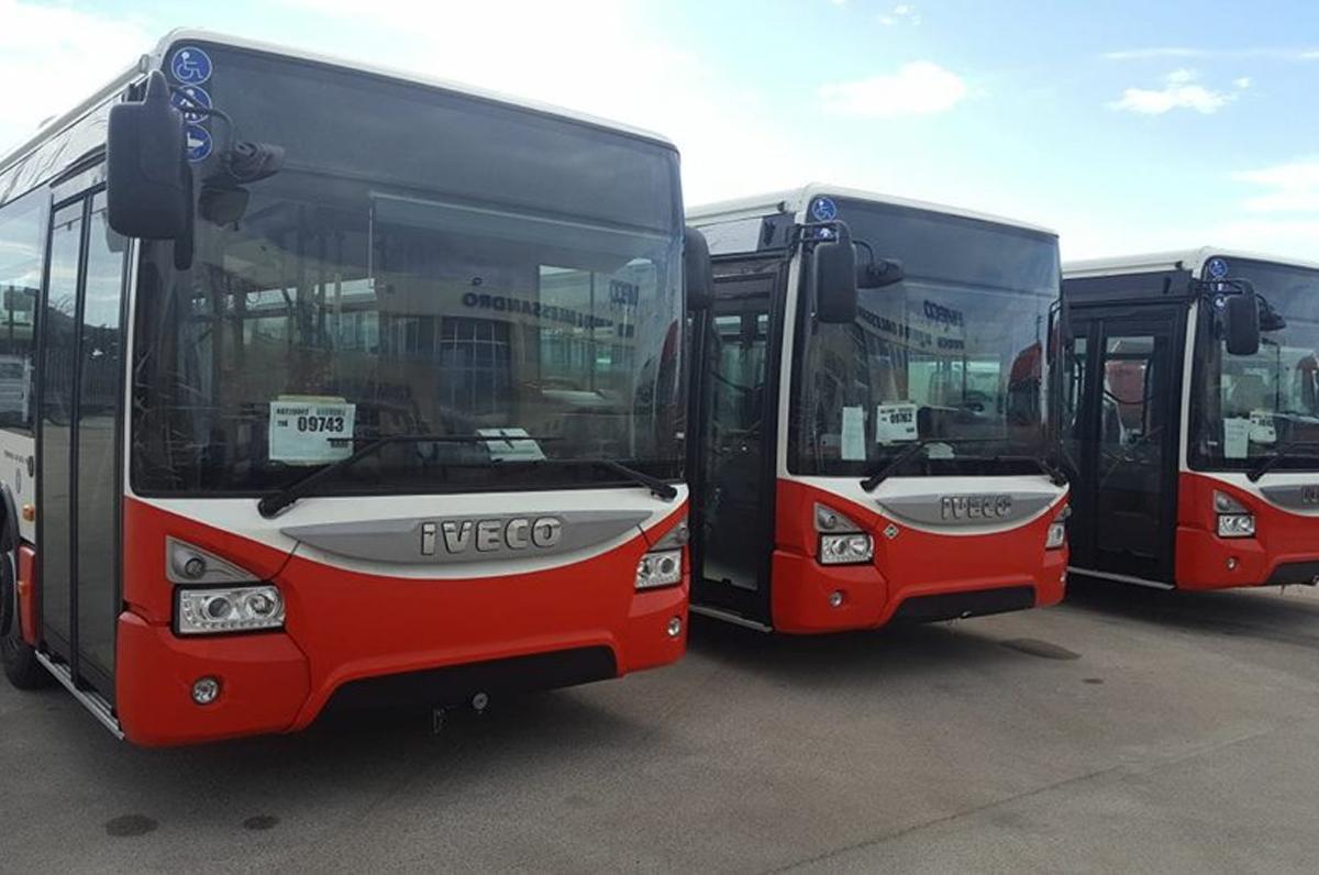 Bari, finanziamento di 8 milioni di euro per l'acquisto di autobus ibridi
