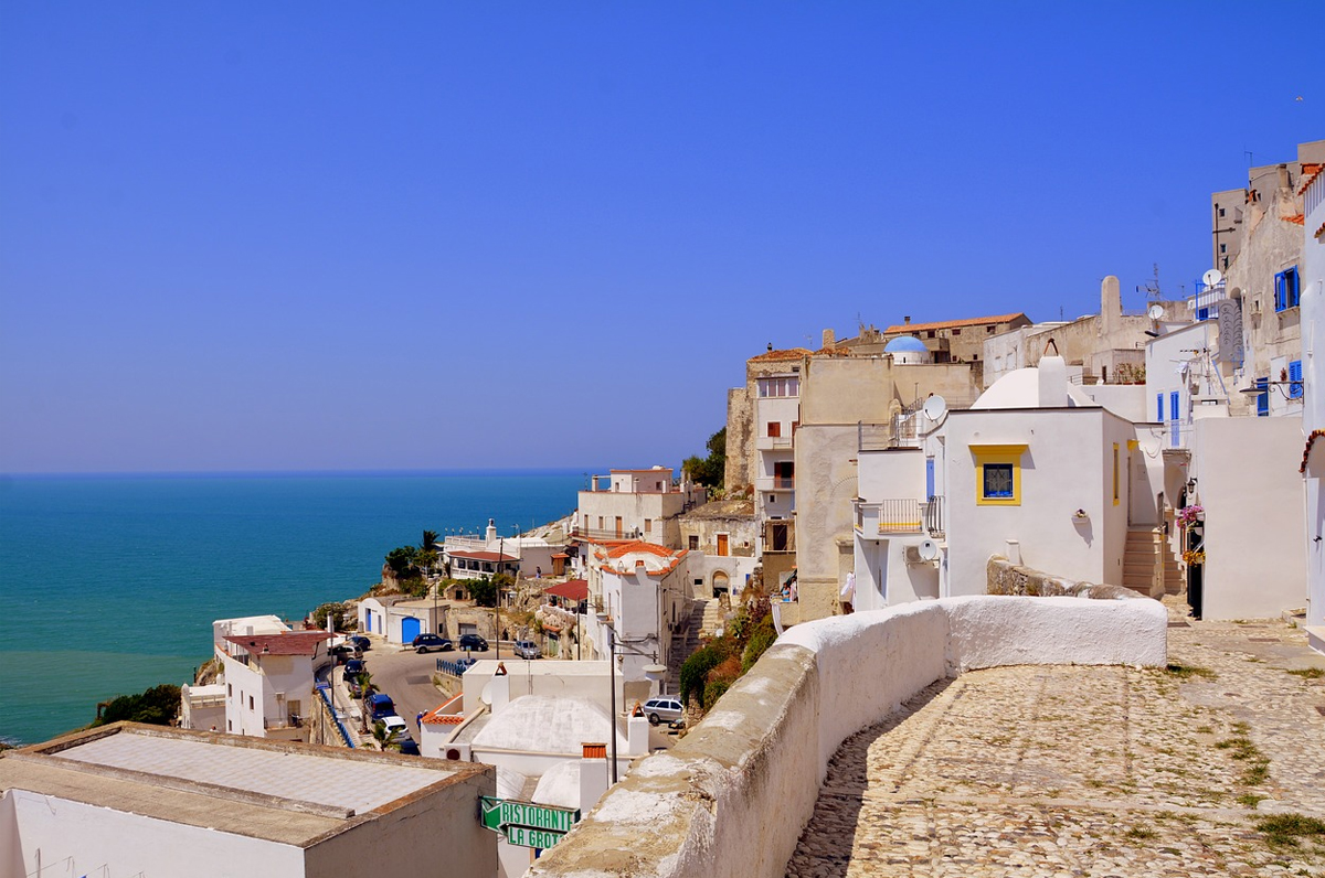 Puglia, le previsioni meteo confermano: da oggi si va al mare