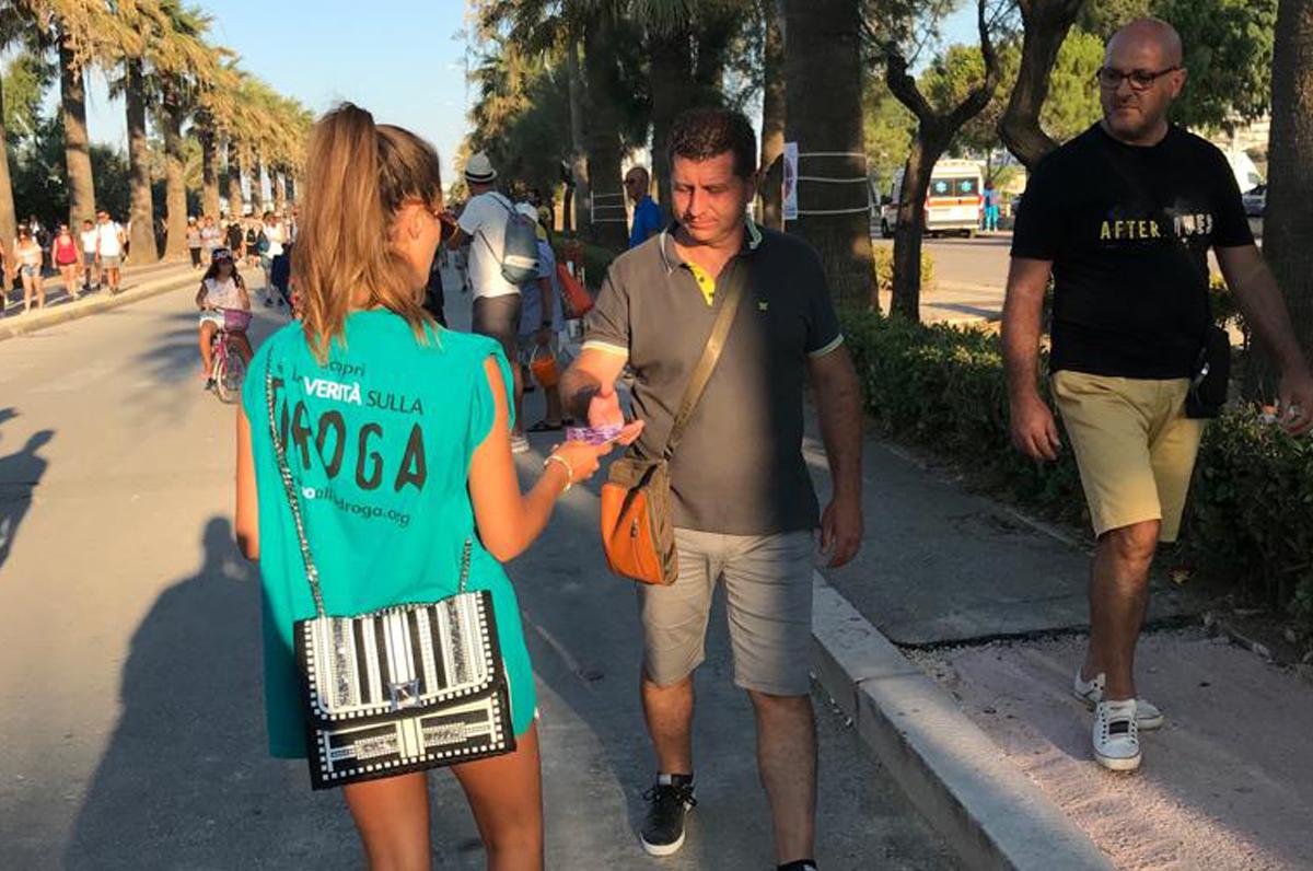 Jova Beach Party, il Dico no alla droga di Puglia.com