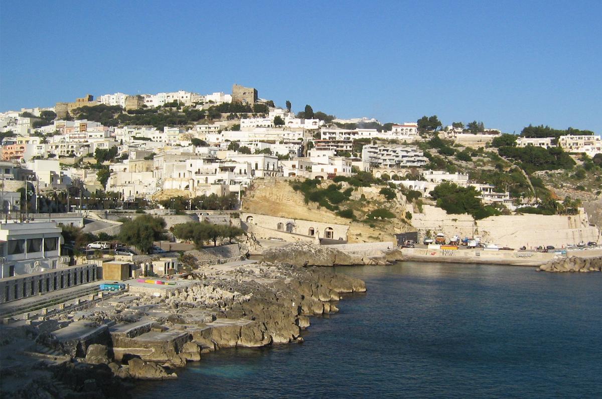 Castro, posizione panoramica nel Salento adriatico