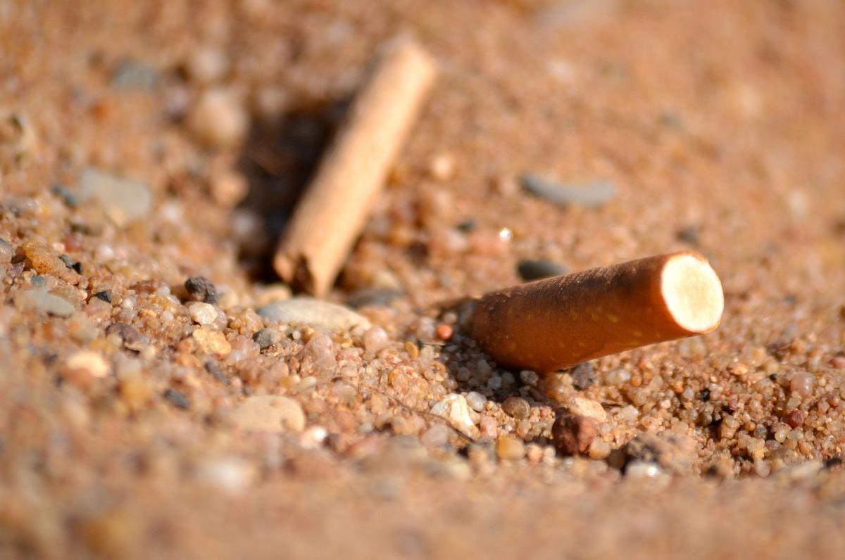 Barletta, da oggi parte il divieto di fumo in spiaggia