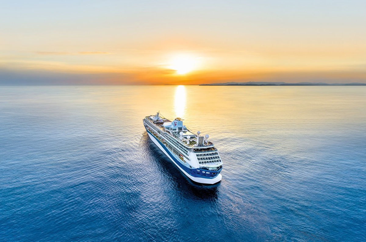 Anche il porto di Taranto inizia ad aprirsi alle navi da crociera