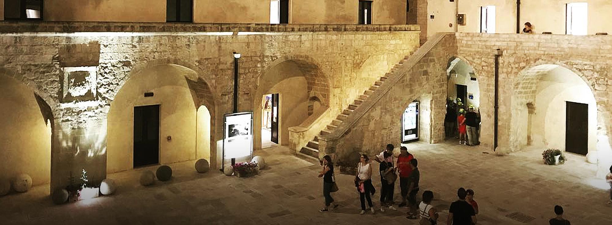Otranto: Alba dei Popoli
