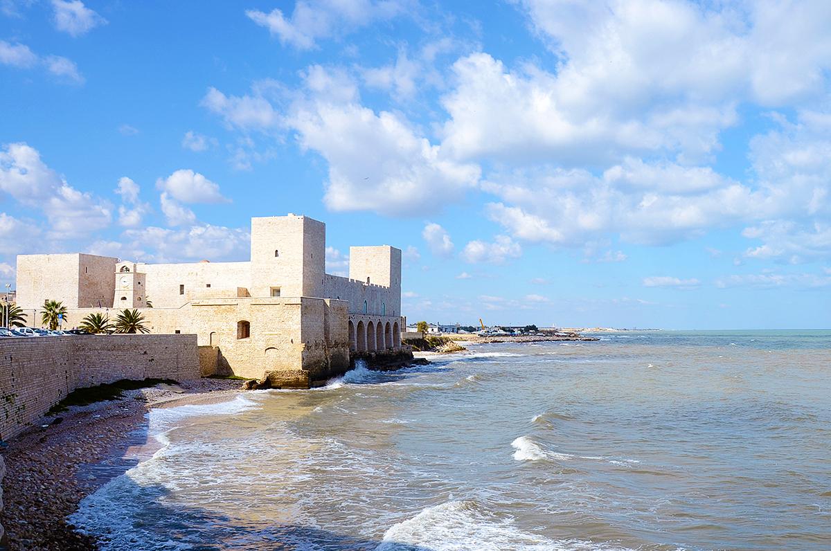 Castello di Trani, la fortezza di Federico II sul mare