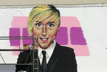Nadia Toffa, tutto l'affetto di Taranto in un murale