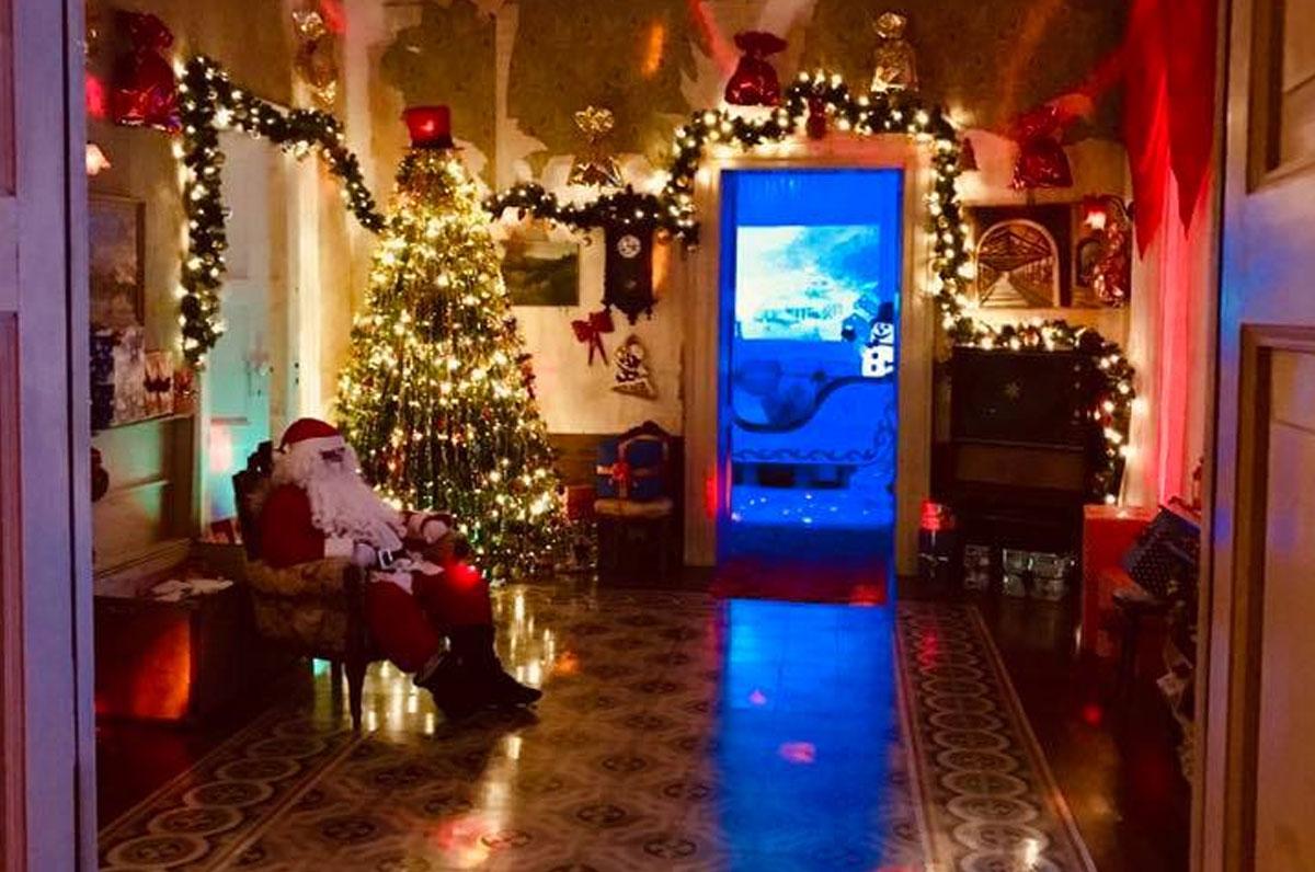 La Casa Di Babbo Natale Immagini.Ad Andria Torna La Casa Di Babbo Natale Con I Suoi Elfi Puglia Com