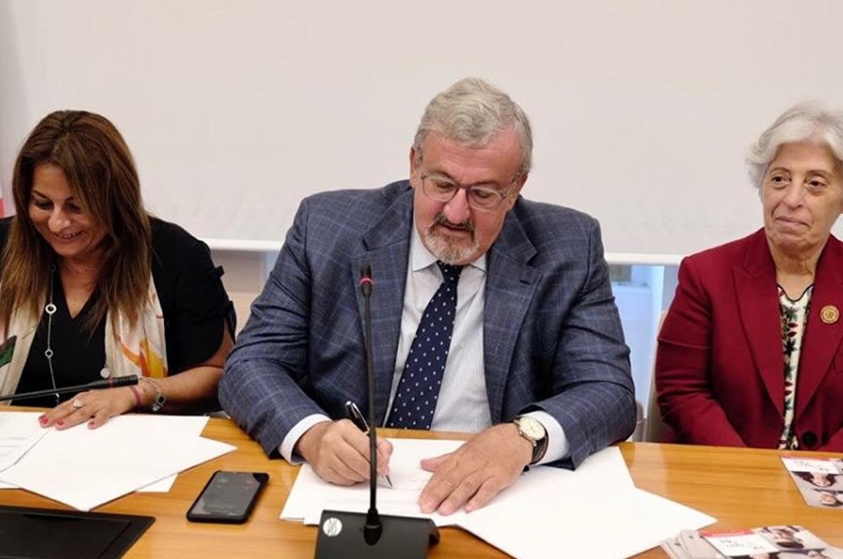 Donazione di midollo osseo, firmato il protocollo tra Admo e Regione