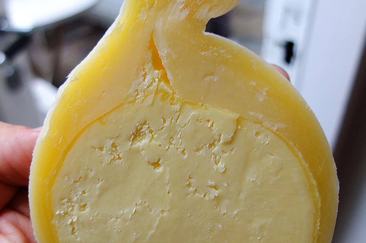 Manteca di Canosa di Puglia, bontà dal cuore burroso