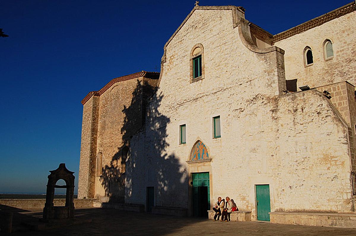 Santa Maria degli Angeli e il ritrovamento nella sua grotta