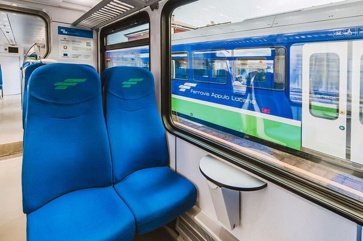 Un solo biglietto per viaggiare su più servizi ferroviari: in Puglia è realtà