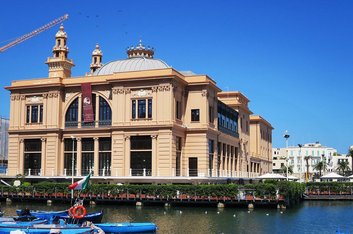 Bari, boom di prenotazioni per Capodanno
