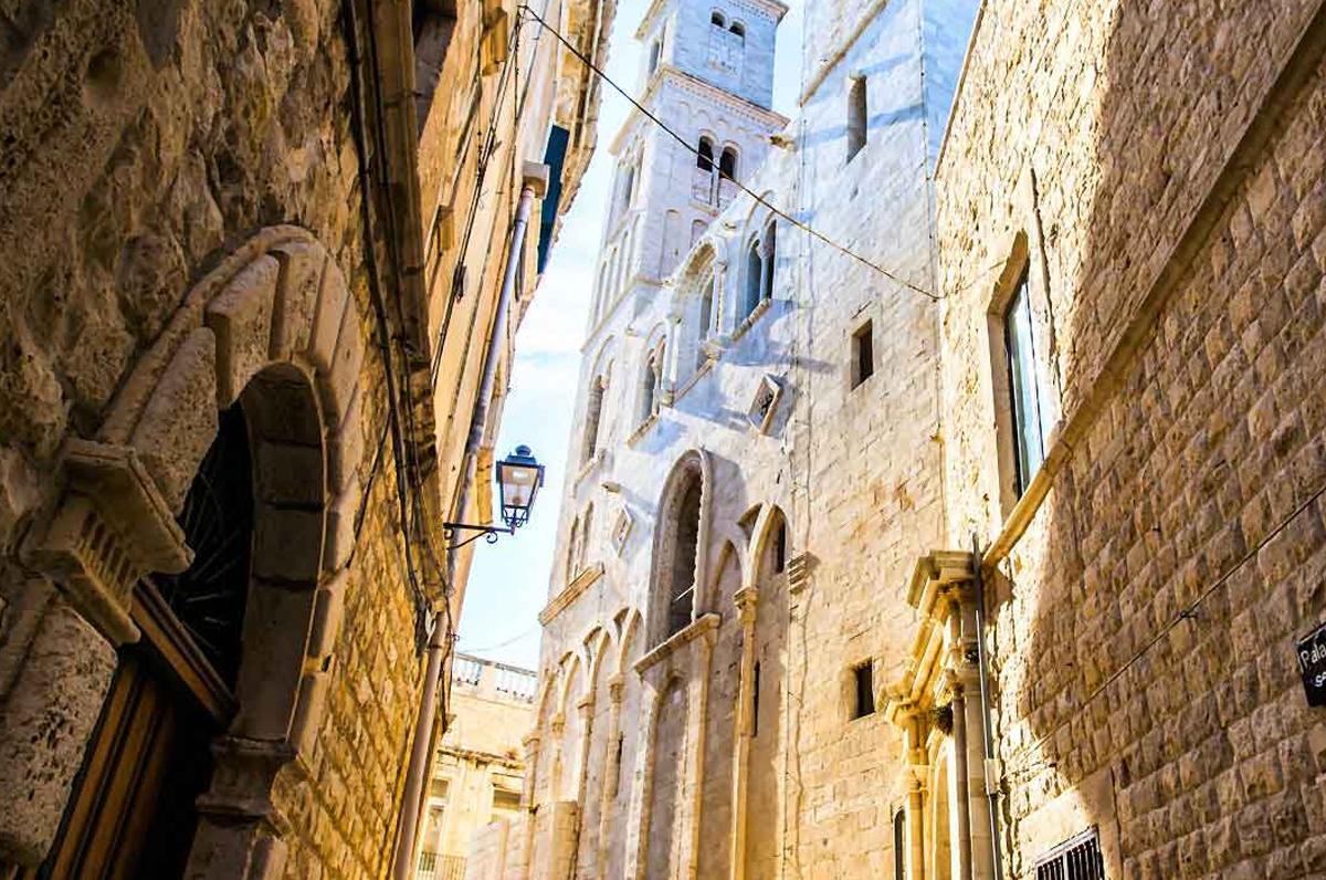 Cattedrale di Giovinazzo, perfetto mix tra romanico e barocco