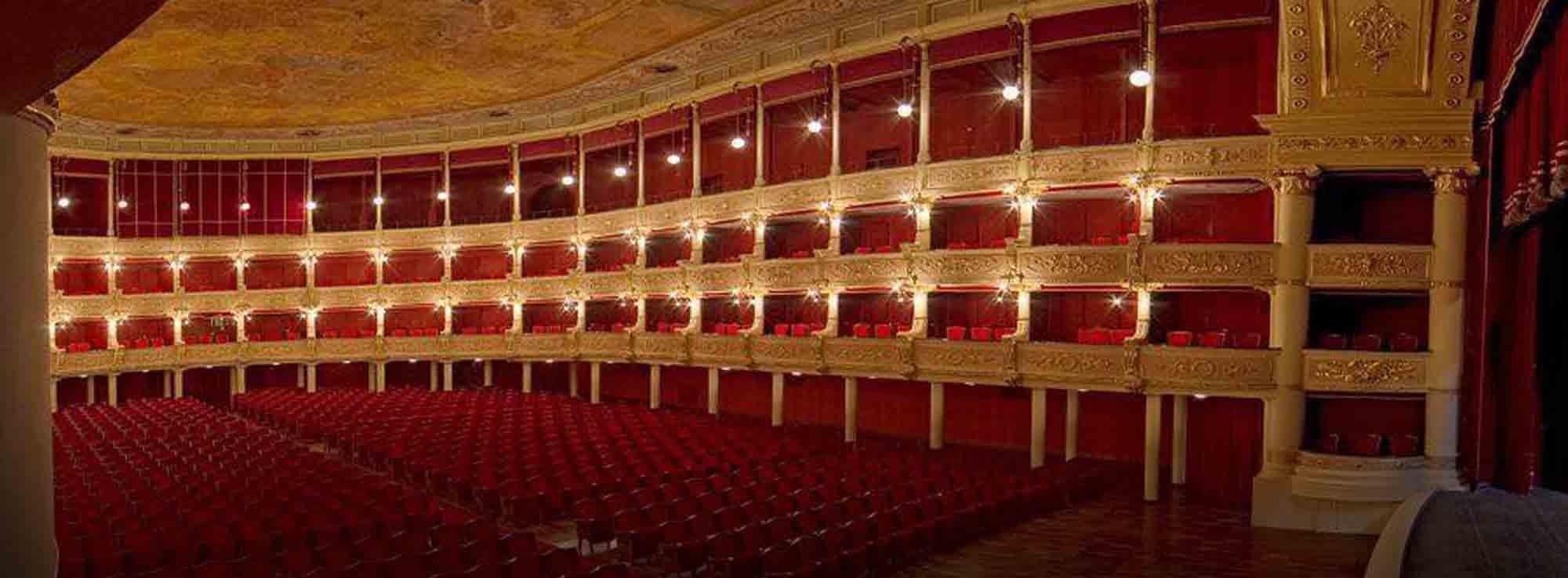Lecce: L'odore assordante del bianco