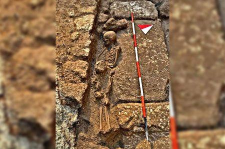 tombe medievali mesagne