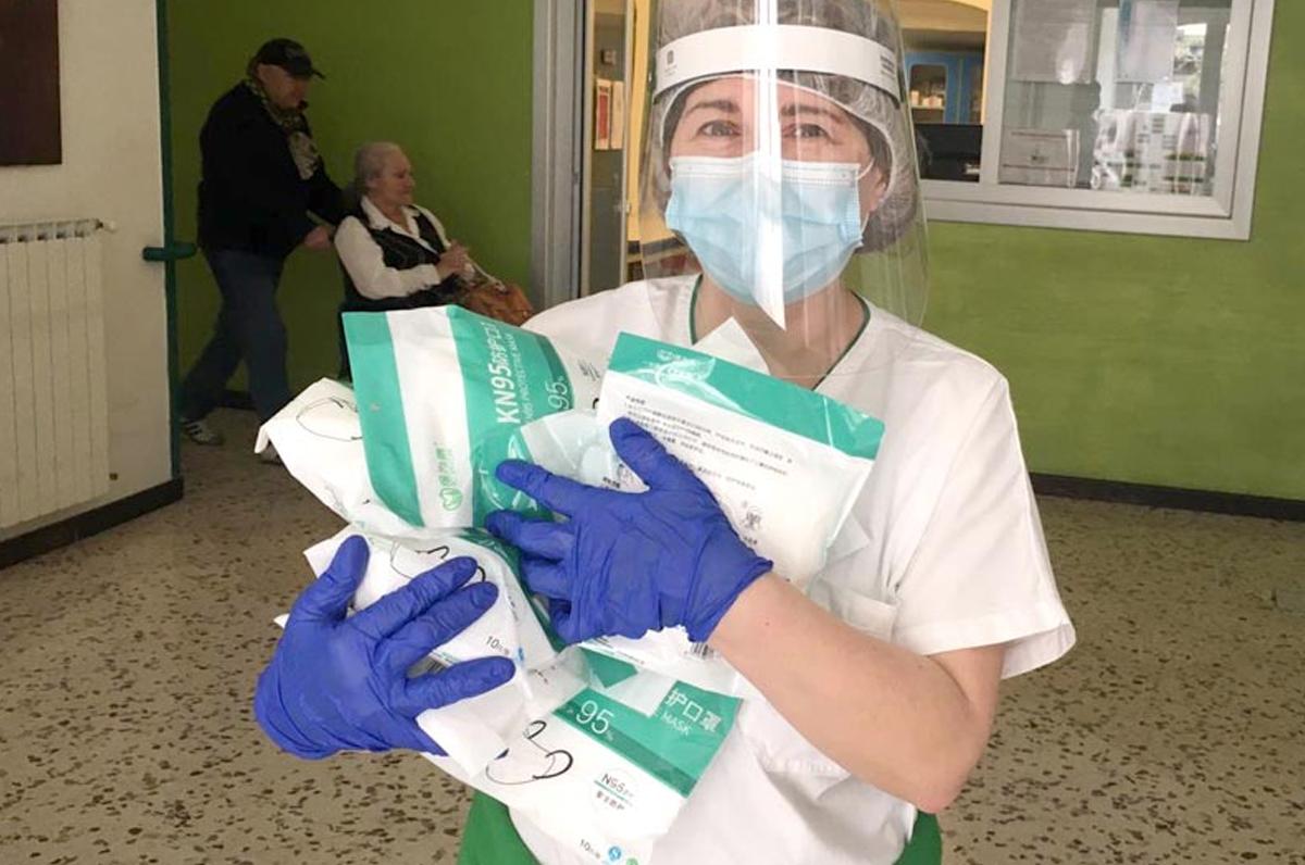 OPI BAT, 2500 mascherine in omaggio per gli infermieri