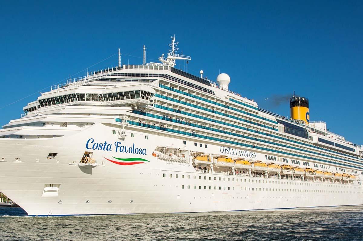 Costa Crociere dona cibo a Taranto