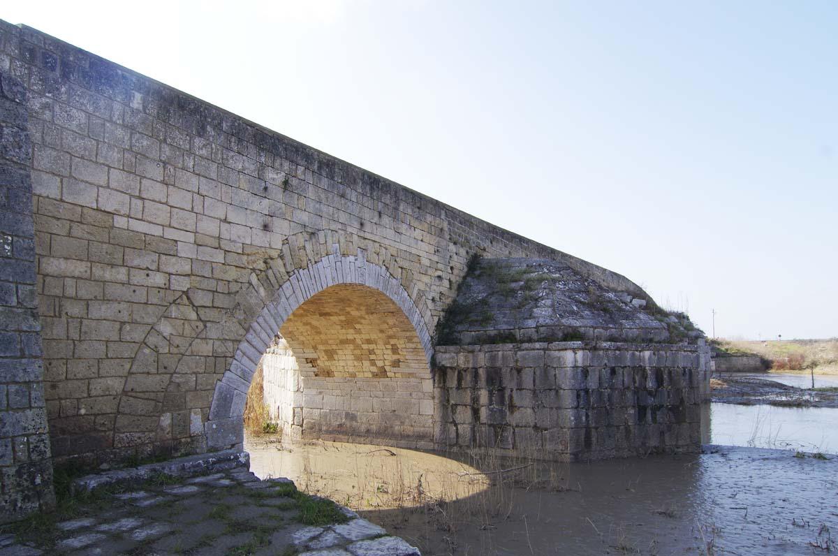 Ponte romano sull'Ofanto, preziosa testimonianza passata