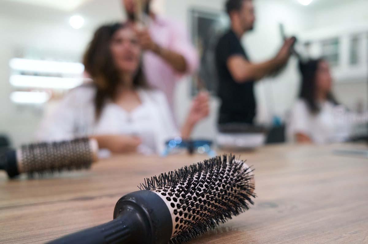 riapertura di parrucchieri ed estetisti
