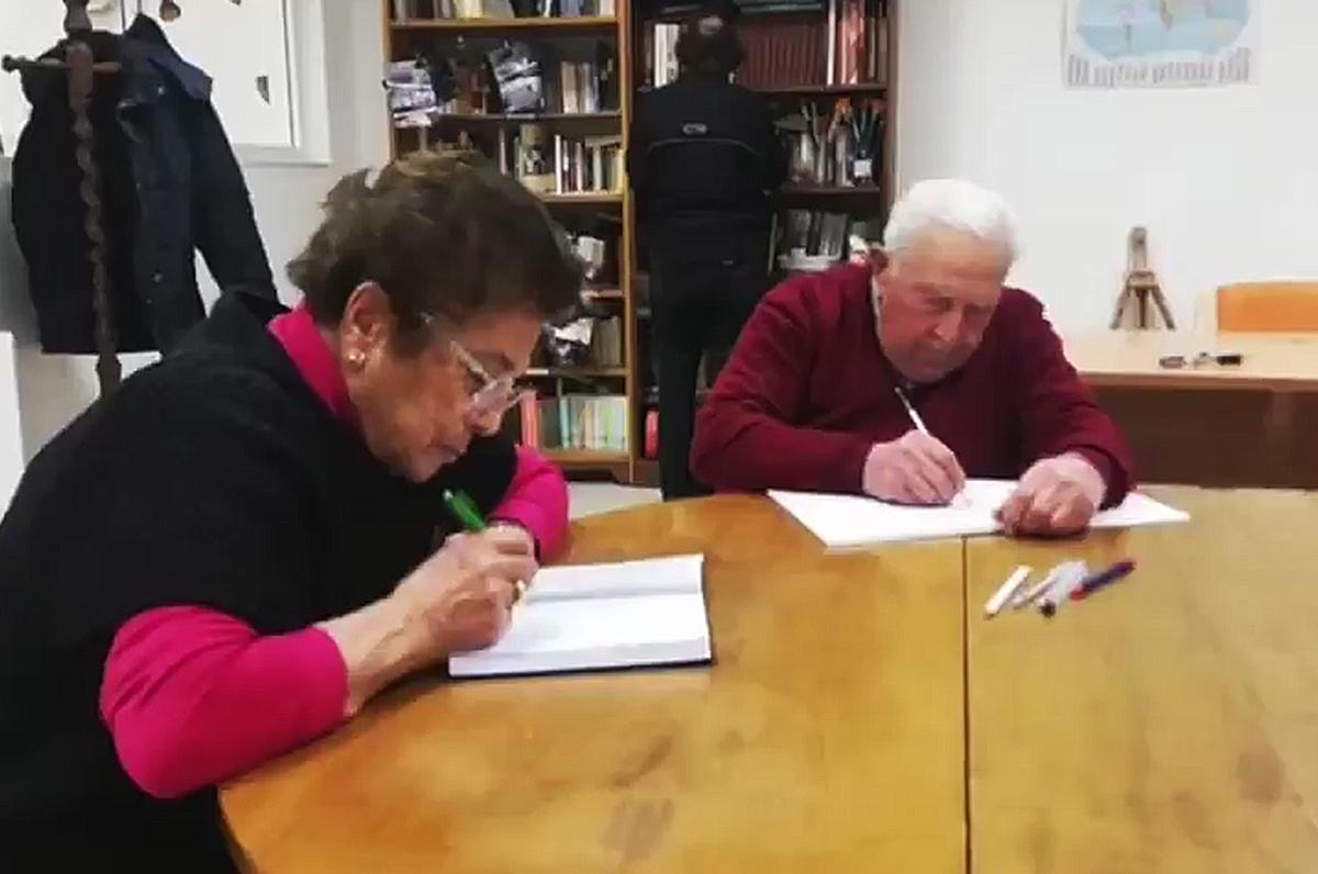 Gioia del Colle, tre nonni realizzano il sogno di conseguire la licenza media
