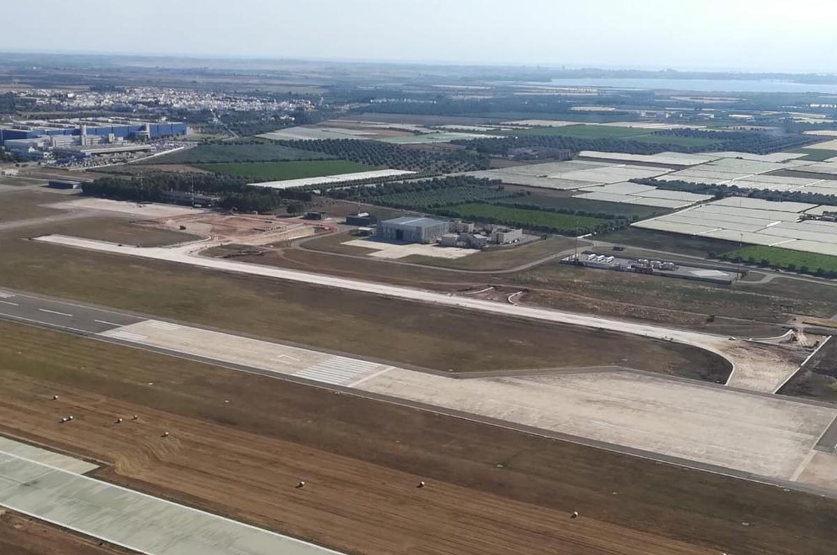 Aeroporto di Grottaglie, procedono i lavori per ammodernamento
