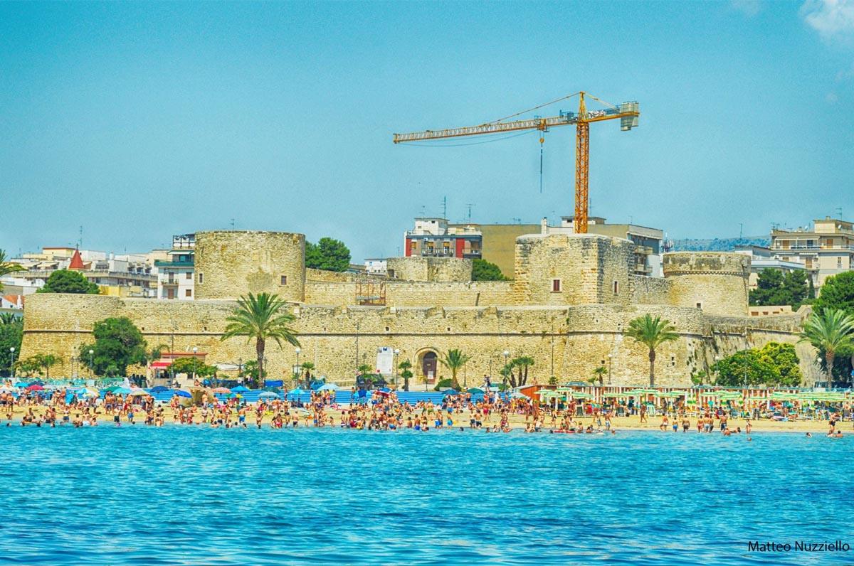 Manfredonia, al mare in 3 delle spiagge più apprezzate