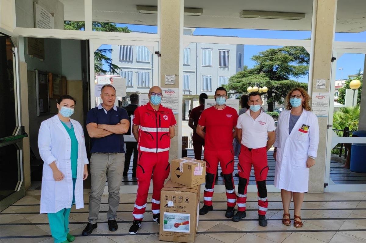 Croce Rossa Puglia dona 3 ventilatori polmonari alla ASL Bari