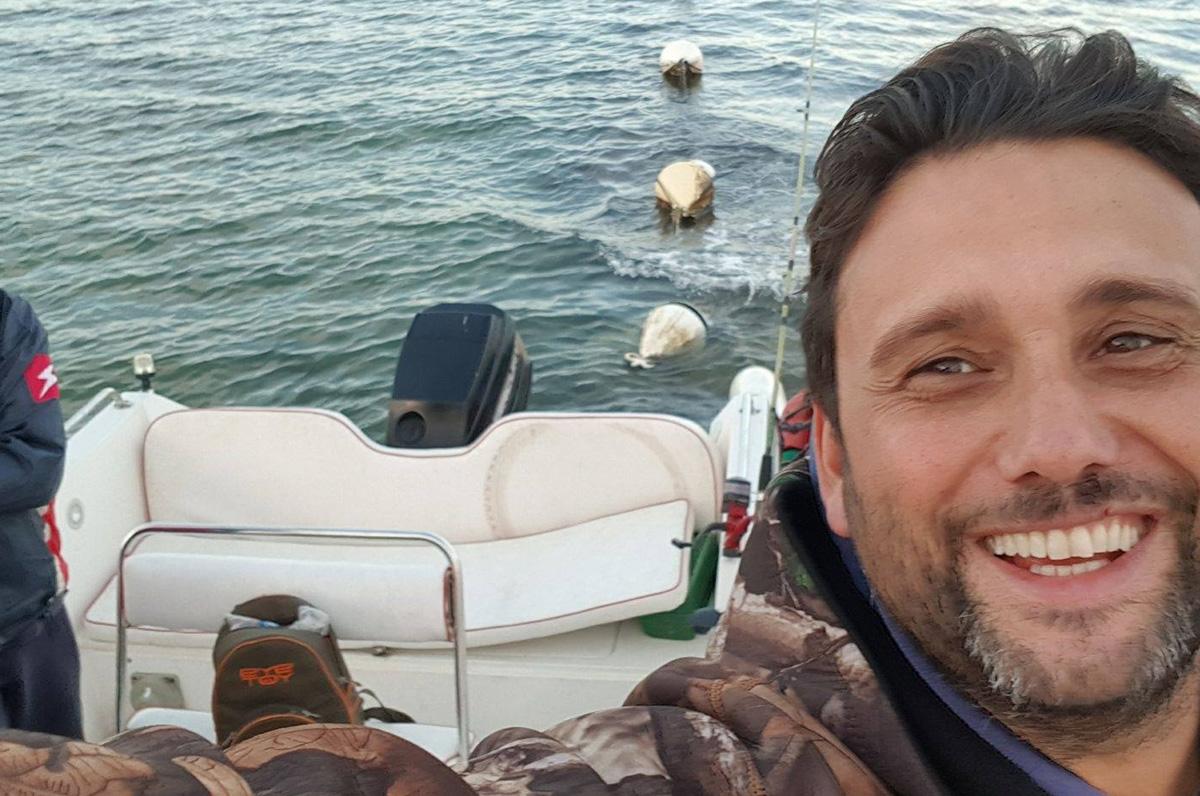 Giuseppe Valrosso, giro in barca per ragazzi autistici