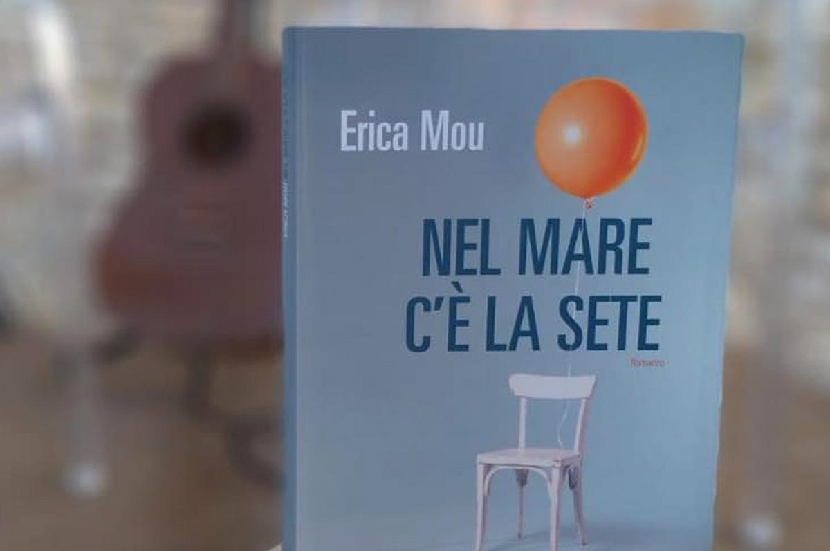 Erica Mou a Barletta per presentare il suo romanzo