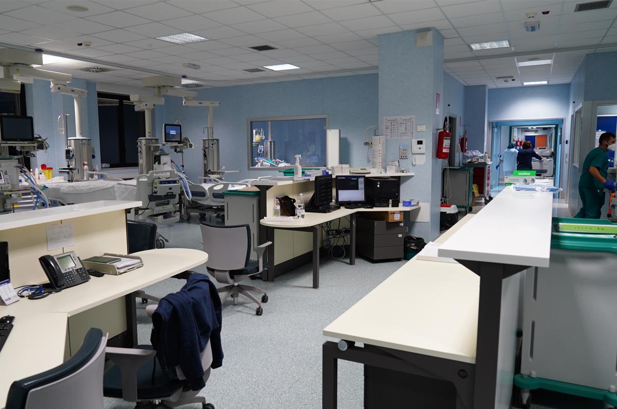 """Ospedale """"Perinei"""" di Altamura accoglie reparto Covid"""