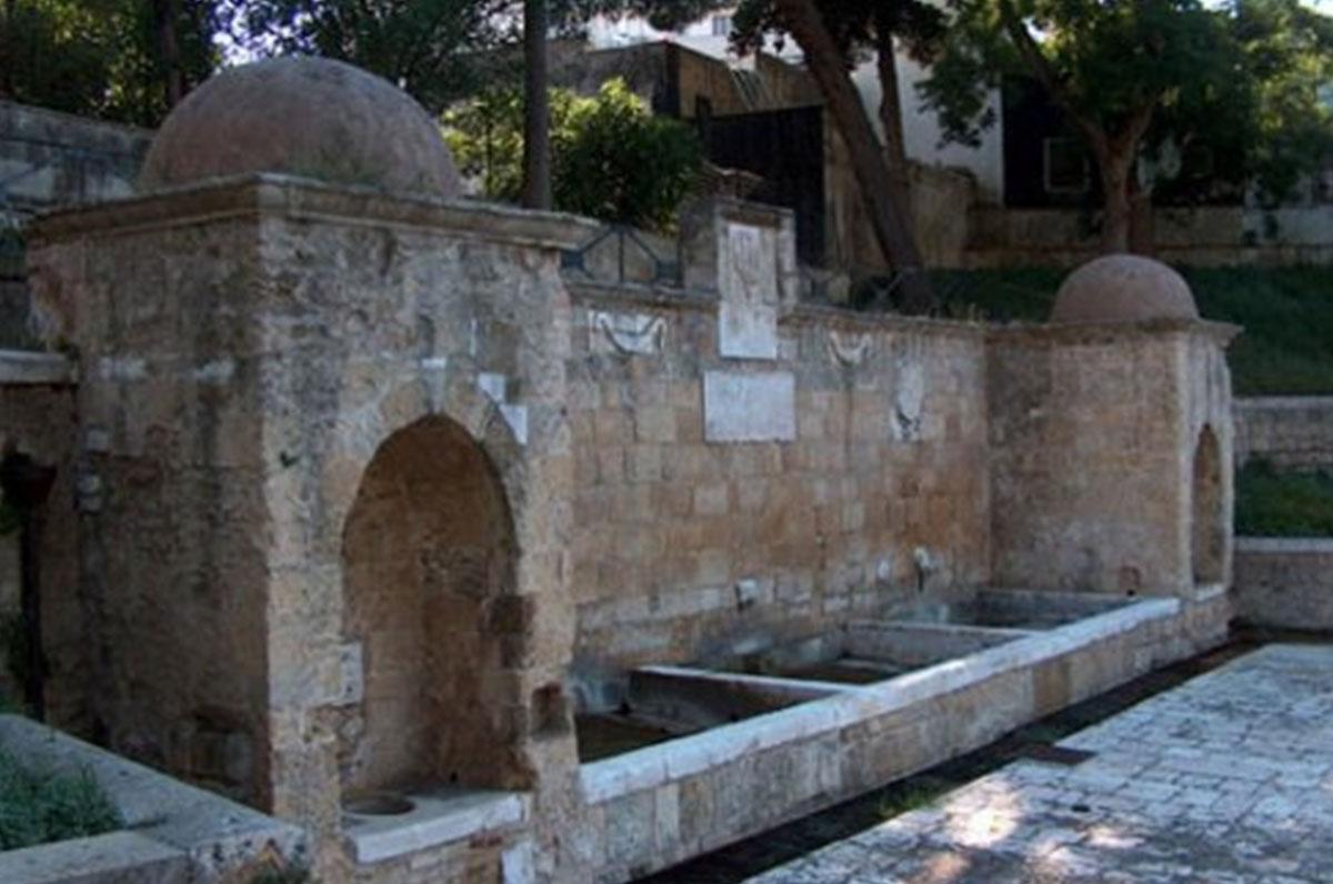 Fontana Tancredi, storico  monumento di Brindisi