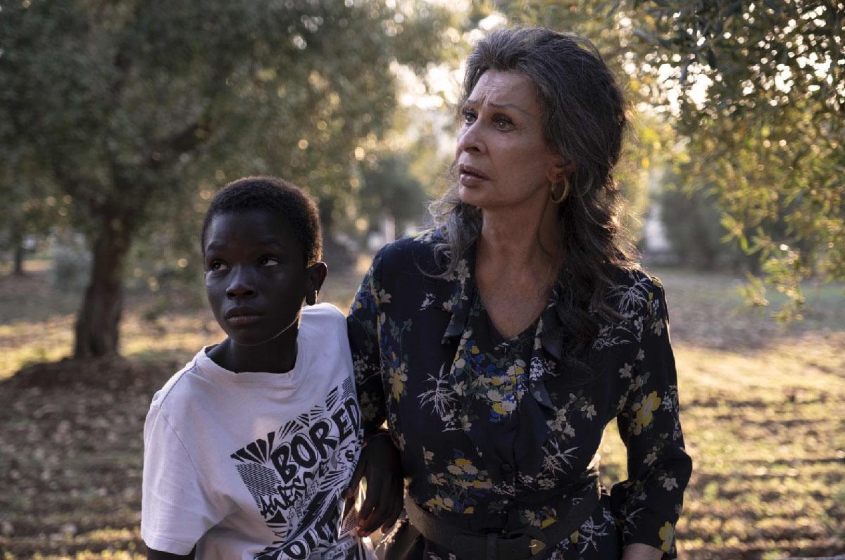 """""""La vita davanti a sé"""": Sophia Loren su Netflix con un film ambientato in Puglia"""