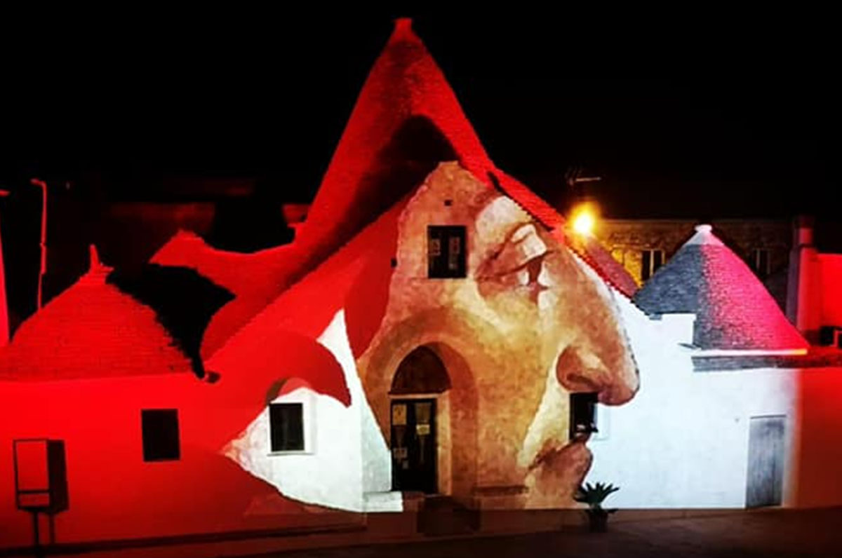 Dantedì, Trullo Sovrano di Alberobello con i versi del poeta