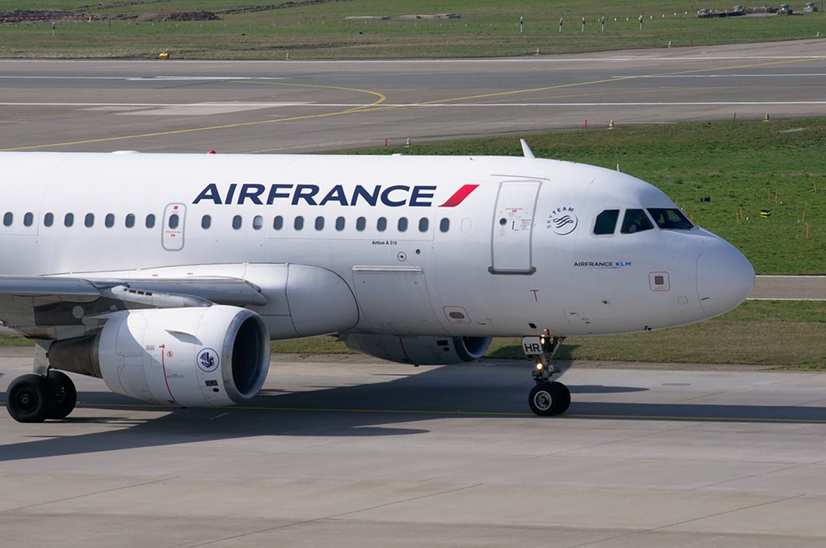 Bari-Parigi volo con Air France