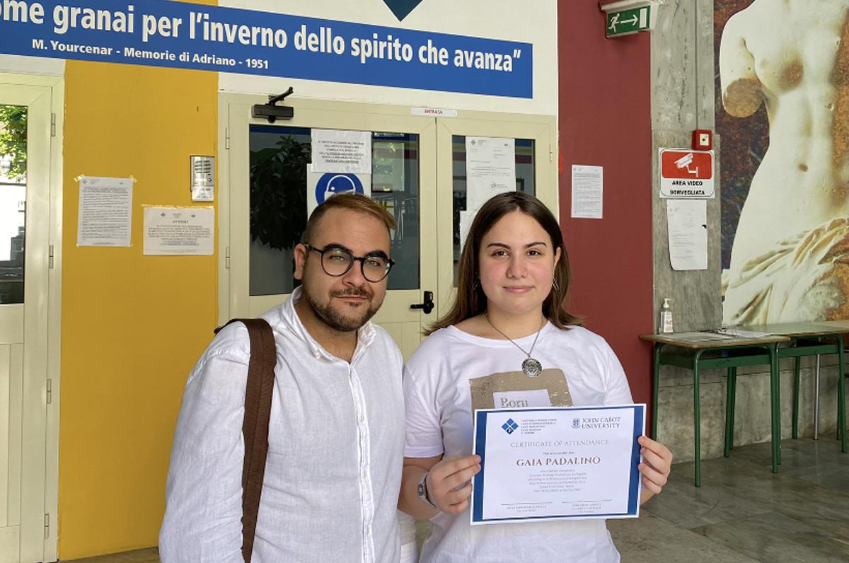 """""""Italy Writes"""", vincitrice una ragazza di Foggia"""