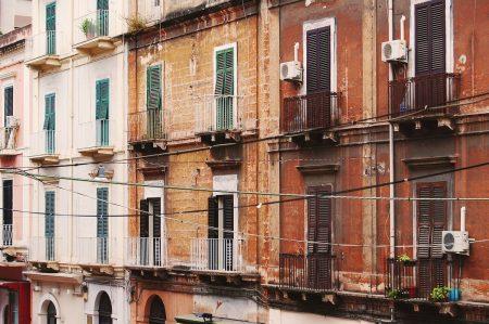 """Taranto Città vecchia, bando """"Case a 1 euro"""""""